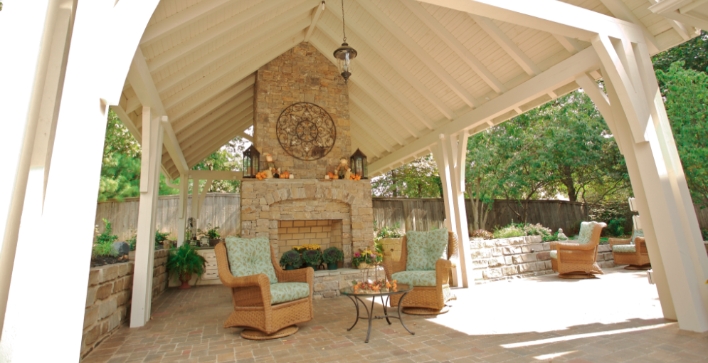 Outdoor patio design environment in Tulsa